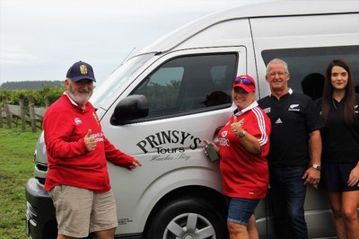 Some happy Lions Tour supporters enjoy a day out in the comfy van with Prinsy's Tours