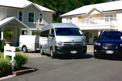 Lodge to lodge transfers with luxury vehicle and luggage trailer